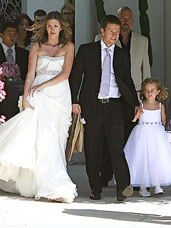 Mark Wahlberg Gets Married!