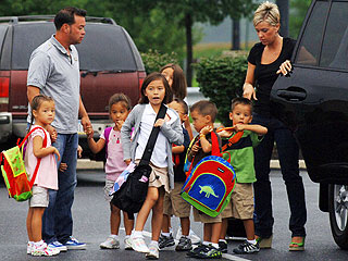 PHOTO: Gosselin Sextuplets Start School| Jon Gosselin, Kate Gosselin