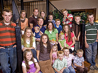 Duggar Family Helps Rescue Tornado Survivors