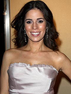 Ana Ortiz's Daughter Serves as Ugly Betty's Mascot | Ana Ortiz