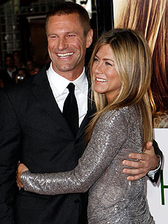Jennifer Aniston Leads 'An Interesting Life,' Says Costar | Aaron Eckhart, Jennifer Aniston