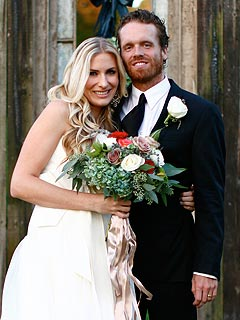 Country Singer Holly Williams Gets Married