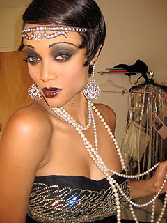 EXCLUSIVE LOOK: Tyra Banks Channels Josephine Baker on Gossip Girl