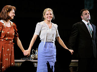 Critics Greet Sienna Miller's Broadway Debut | Jonny Lee Miller, Sienna Miller