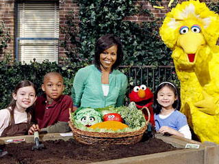 Michelle Obama Helps Sesame Street Turn 40!
