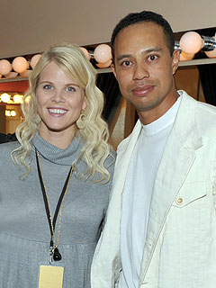 Elin and Tiger Woods Home to 'Rebuild His Image'