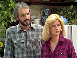 Family Ties Costar Supports Meredith Baxter's Coming Out | Meredith Baxter