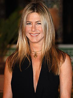 Jennifer Aniston Gets Her 'Kid Fix' Shooting a New Movie