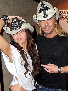 Bret Michaels to Perform with Miley Cyrus