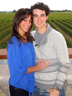 Kevin Jonas Marries in Fairytale Setting