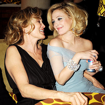 'GARDEN' PARTY photo | Drew Barrymore, Jessica Lange
