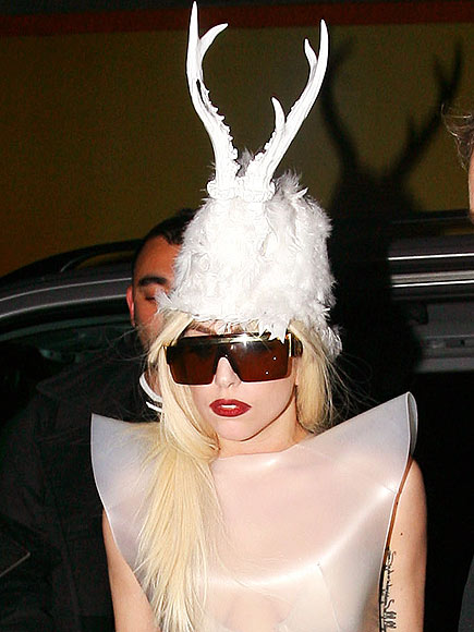 Lady Gaga Hat Hairstyle