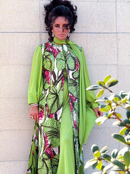 LEAFY LADY  photo | Elizabeth Taylor