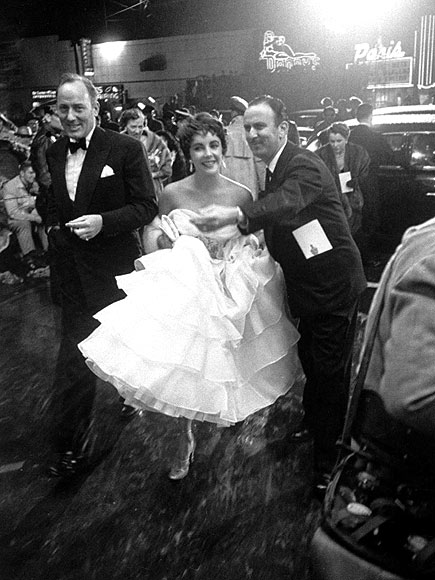 BELLE OF THE BALL  photo   Elizabeth Taylor