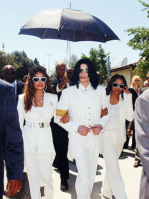 WHITE OUT  photo | Janet Jackson, Latoya Jackson, Michael Jackson