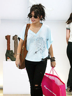 SHOPPING photo | Vanessa Hudgens