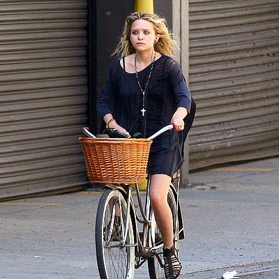 BICYCLING photo | Mary-Kate Olsen