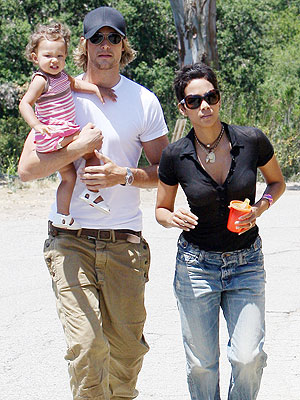 GOING TO THE FAIR photo | Gabriel Aubry, Halle Berry