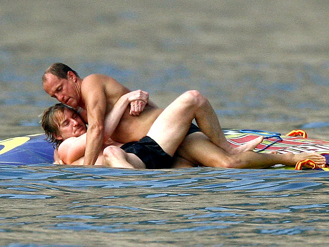 WRESTLING photo | Owen Wilson, Woody Harrelson