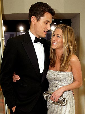 SQUEEZE PLAY photo | Jennifer Aniston, John Mayer
