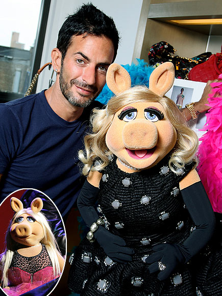 DESIGNING MISS PIGGY photo | Marc Jacobs, Miss Piggy