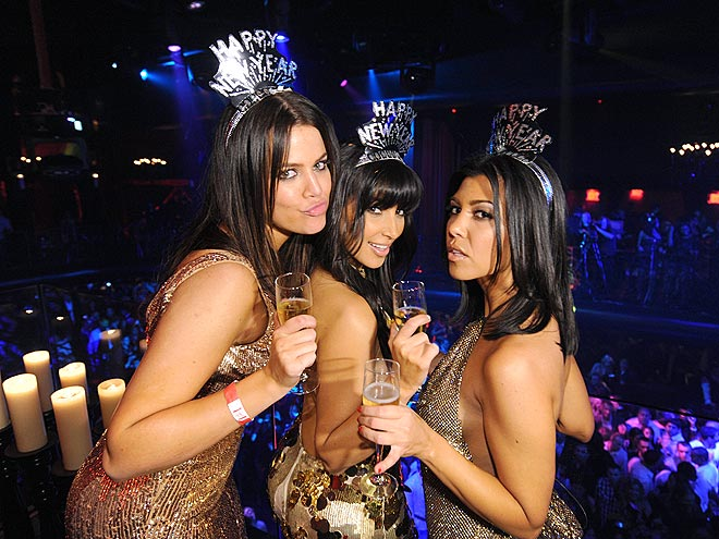 TOAST OF THE TOWN photo | Khloe Kardashian, Kim Kardashian, Kourtney Kardashian