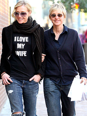 FIT TO A TEE  photo | Ellen DeGeneres, Portia de Rossi