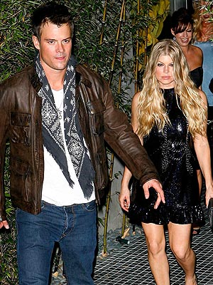 COUNTING DOWN photo | Fergie, Josh Duhamel
