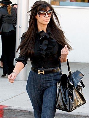 HOT TO TROT photo | Kim Kardashian