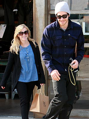 FOLLOW THE LEADER photo | Jake Gyllenhaal, Reese Witherspoon