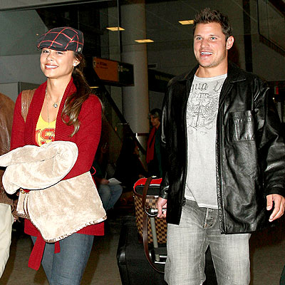 BAGGAGE CART photo | Nick Lachey, Vanessa Minnillo