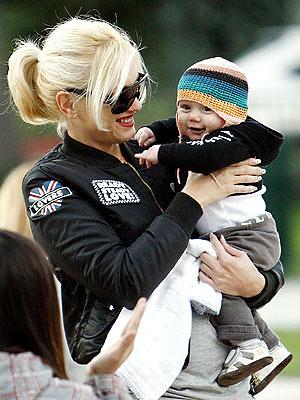 BABY LOVE photo | Gwen Stefani