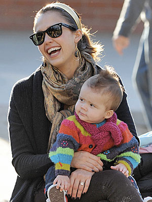 Jessica Alba And Daughter. cuddly is Jessica Alba#39;s 7