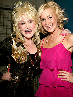 DUETING DIVAS photo | Dolly Parton, Kellie Pickler