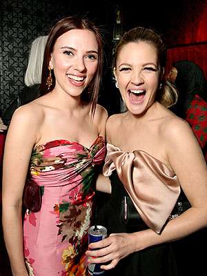 LADIES' NIGHT photo | Drew Barrymore, Scarlett Johansson