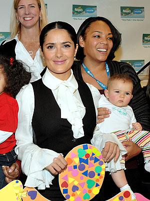 GETTING 'PAMPER'ED photo | Salma Hayek