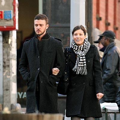 STROLL WITH IT photo   Jessica Biel, Justin Timberlake