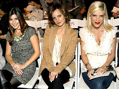 FASHION-FORWARD photo | Jamie-Lynn Sigler, Mena Suvari, Tori Spelling