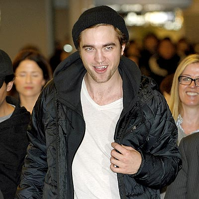 FAN-DEMONIUM photo | Robert Pattinson
