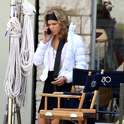 PHONING IT IN photo | AnnaLynne McCord