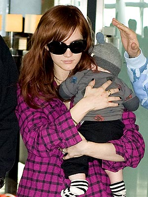 PRECIOUS CARGO  photo | Ashlee Simpson