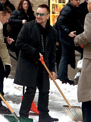 CLEANING CREW photo | Bono