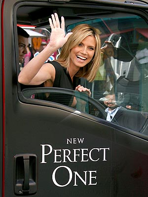 PICTURE 'PERFECT' photo | Heidi Klum