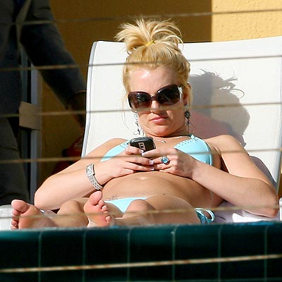 LOUNGE ACT photo | Britney Spears