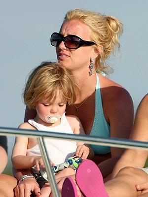 SHIP SHAPE photo | Britney Spears