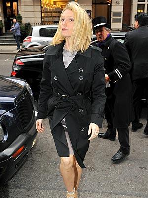 STEP UP photo   Gwyneth Paltrow
