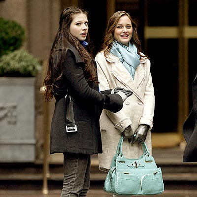 GIRL TALK photo | Leighton Meester, Michelle Trachtenberg