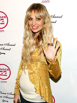 'BUMP'-Y NIGHT photo | Nicole Richie