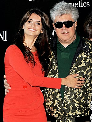 RED ALERT photo | Pedro Almodovar, Penelope Cruz