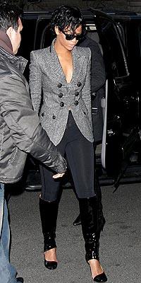 ON THE MOVE photo | Rihanna